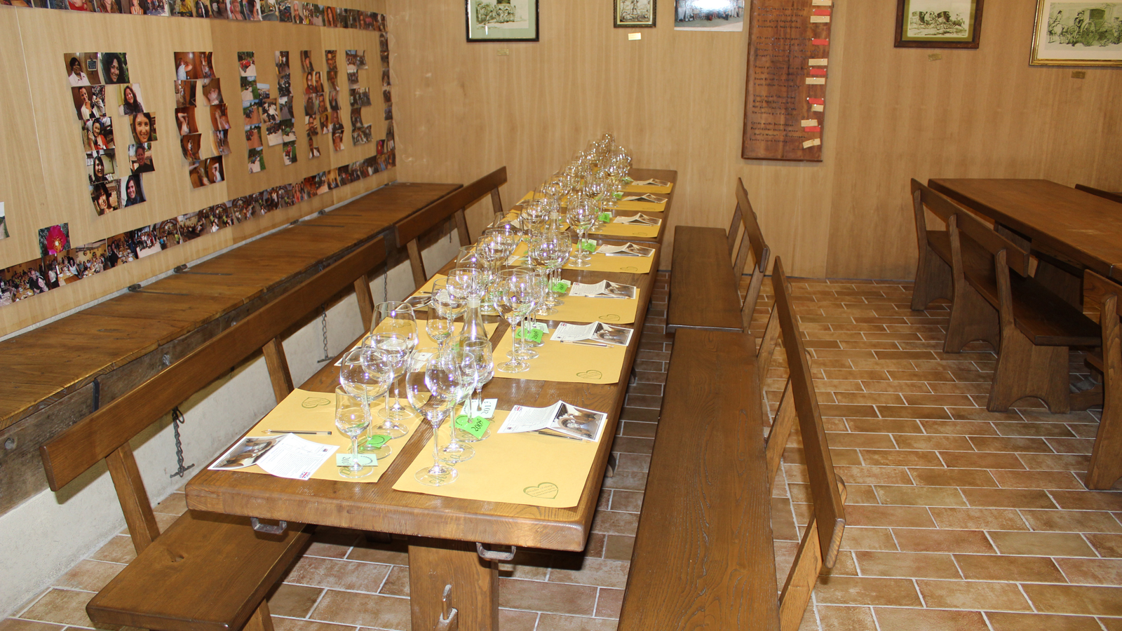 Sala-degustazioni-Abbadia-Ardenga
